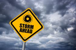 低気圧や台風は女性の体調に影響をもたらすの?
