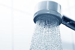 シャワーも工夫すれば「冷え」を解消できる