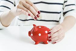 女性の平均貯金を知りたい! 病気になったらどれくらい治療費が必要?